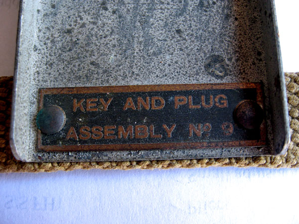 WT 8 Amp No. 2 military key in leg mount (Key and Plug Assembly No. 9)