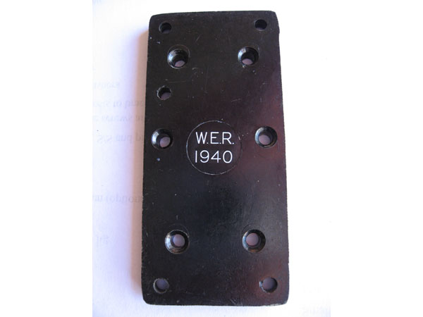 WT 8 Amp No. 2 military key
