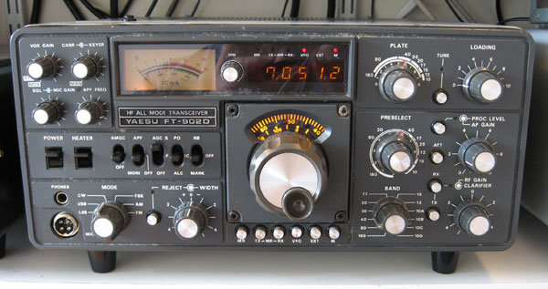 Yaesu FT-902D transceiver with FT-902DM upgrades