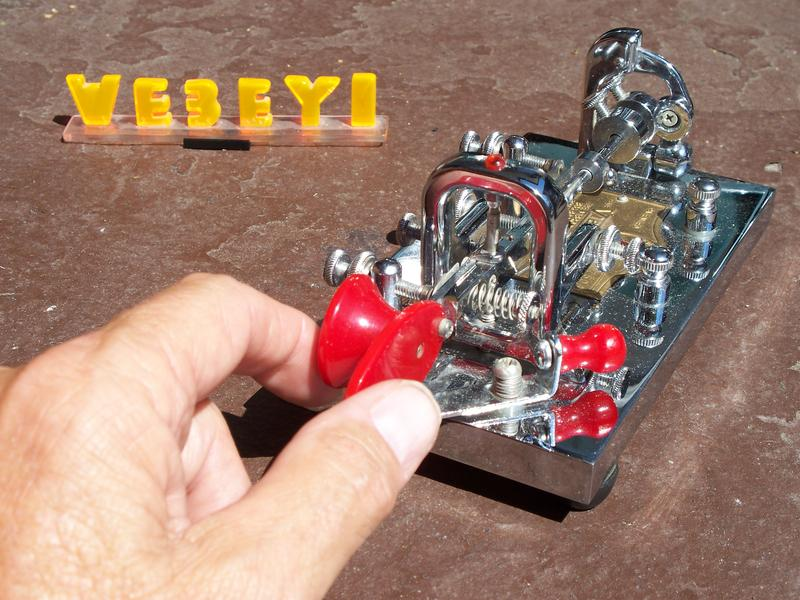 Right-handed Vibroplex bug used with left hand